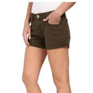 DL1961 foster relaxed short fennel size 25